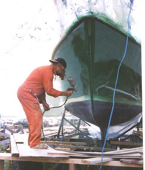 lackera båt kostnad